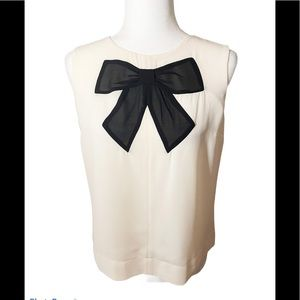 3/60 Deal ! Black Bow white top